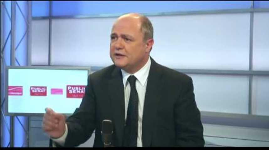 Illustration pour la vidéo Linvité politique : Bruno Le Roux (PS)