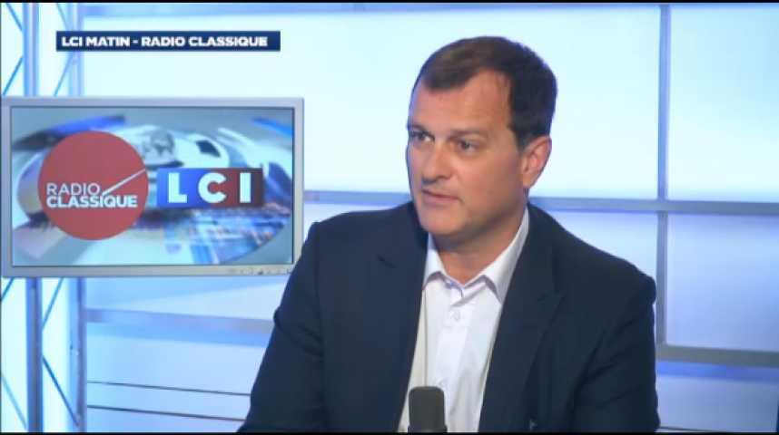 """Illustration pour la vidéo Louis Aliot : """"François Hollande est un président qui ne tient plus qu'à un fil"""""""