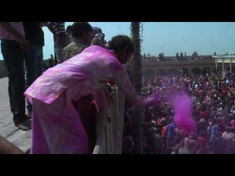 India celebrates Holi festival with traditional coloured powders