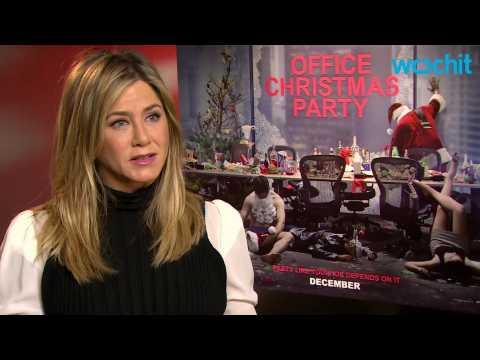Critics Kill 'Office Christmas Party'