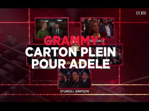 """Adele remporte 5 Grammys pour """"Hello"""" et son album """"25"""""""