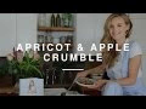 Niomi Smart - Apple & Apricot Crumble | Eat Smart | Wild Dish