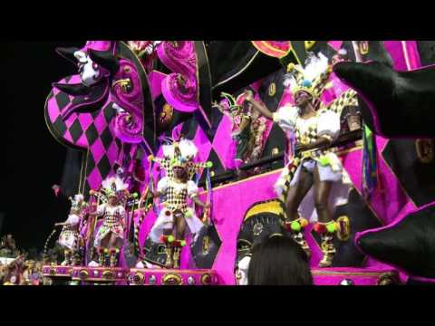Sao Paulo parade kicks off Brazil carnival season