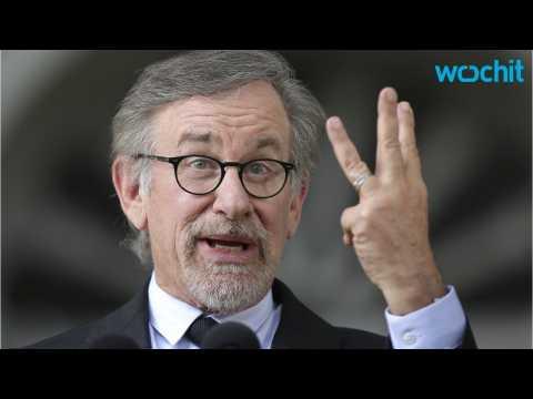 Steven Spielberg Picks Up Alien Invasion Thriller