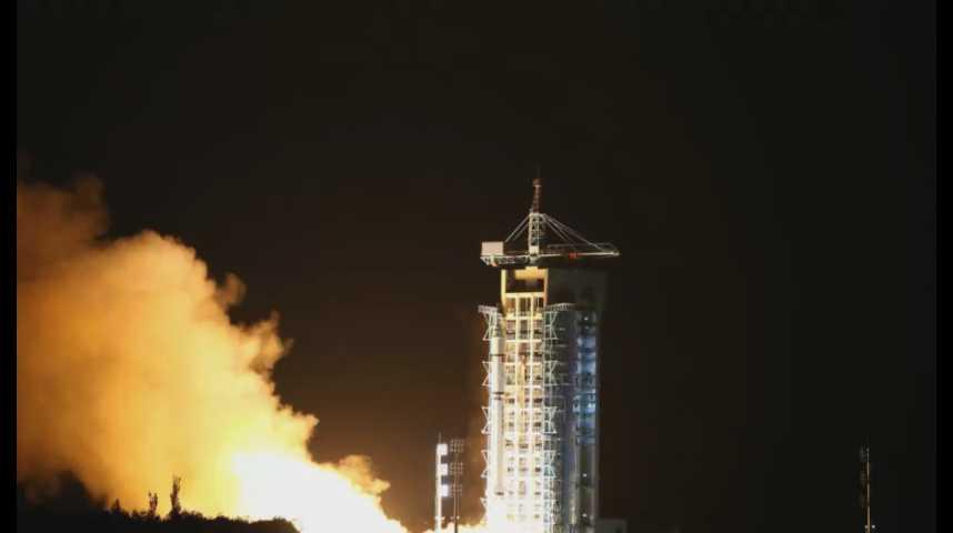Illustration pour la vidéo La Chine lance un satellite de communication révolutionnaire