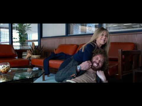 Olivia Munn, Jennifer Aniston, Jason Bateman In 'Office Christmas Party' First Trailer