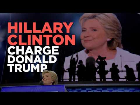 """Clinton charge Trump : """"Imaginez-le dans le bureau ovale..."""""""