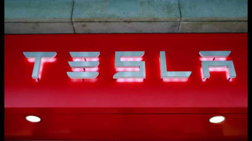 Illustration pour la vidéo Tesla accentue lourdement ses pertes au second trimestre