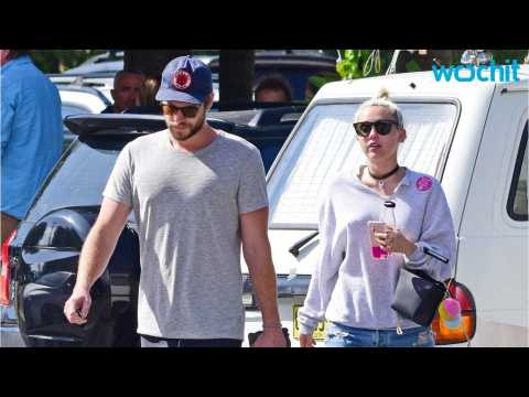 Miley Cyrus and Liam Hemsworth To Wed On Beach