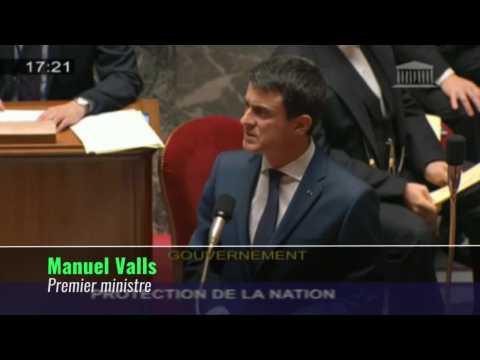 """Valls reconnaît l'EI comme """"un proto-Etat"""""""