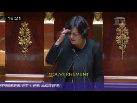 """El Khomri sur la loi Travail : """"Je suis une femme de gauche"""""""