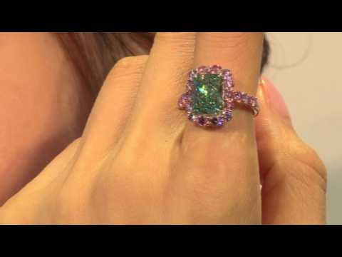 Christie's celebrates 30th with handbag and green diamond