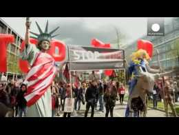 Germany: Huge protest against EU-US trade deal on eve of Obama visit