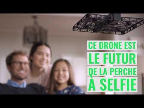 Ce drone est la perche à selfie du futur