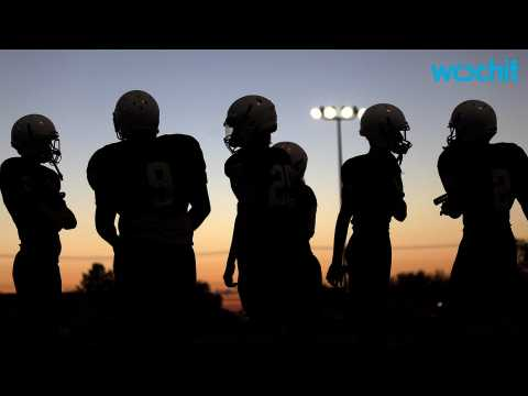 High School Footballers Suffer More Symptoms After Concussion