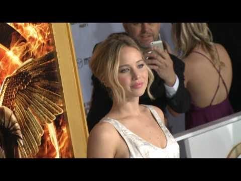 Can You Guess How Much The Hottest Hollywood Actresses Were Paid