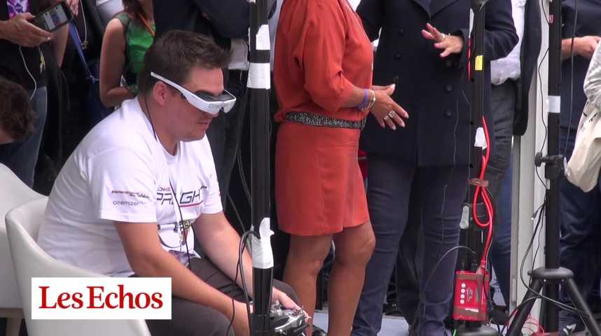 Illustration pour la vidéo Paris accueille son premier Paris Drone Festival