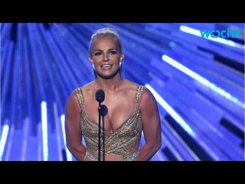 Britney Spears Auctioning the Clothes Off Her Back For Flooding Victims