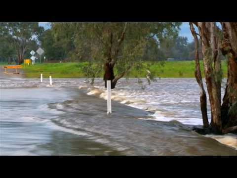 Floods hit parts of New South Wales after heavy rain