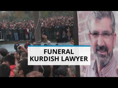 Thousands attend funeral of human rights lawyer