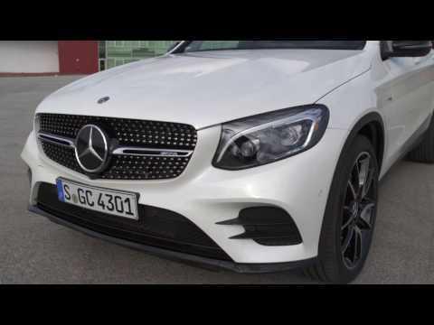 The new Mercedes-AMG GLC 43 4MATIC Coupé - Exterior Design in Diamond White Bright   AutoMotoTV