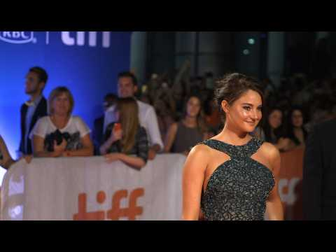 Shailene Woodley planning on becoming more politically active in 2017