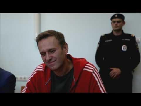 Navalny ends hunger strike