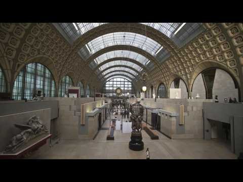 Deprived of an audience, Paris orchestra plays to the statues of the Musée d'Orsay