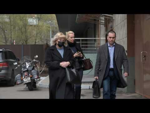 Yulia Navalnaya in court as Alexei Navalny appeals defamation sentence