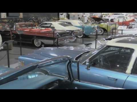Classic car museum in Miami takes visitors back in time