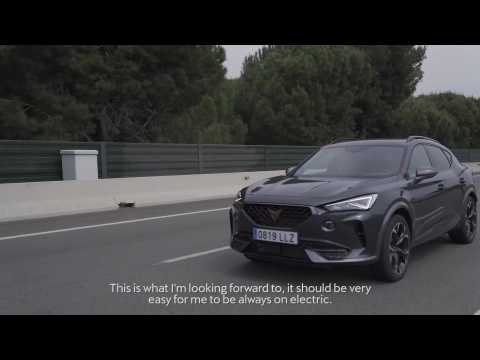 A day with Marc ter Stegen and his plug−in hybrid