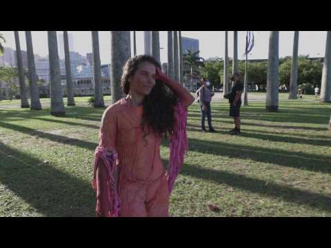 Brazil carnival artist rises above pandemic - on stilts