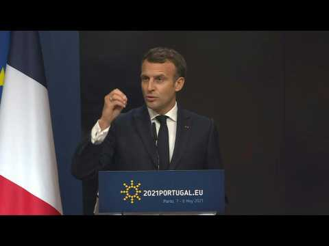 Macron urges US to end Covid vaccine export limits