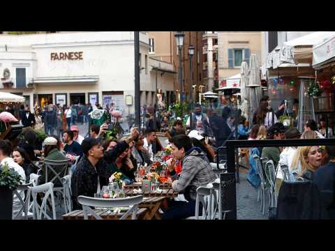 Al fresco dining returns to Italy as COVID-19 restrictions ease