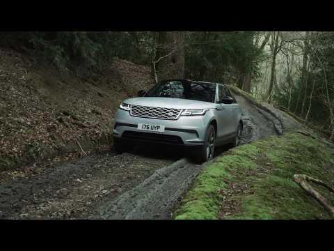 2021 Range Rover Velar P400e Off-Road driving