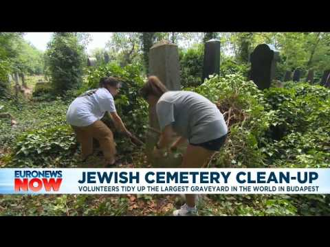 In Budapest, volunteers work to restore one of the world's largest Jewish cemeteries