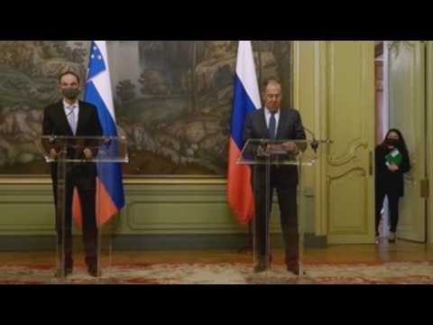 Lavrov welcomes Slovenian Foreign Minister in Moscow