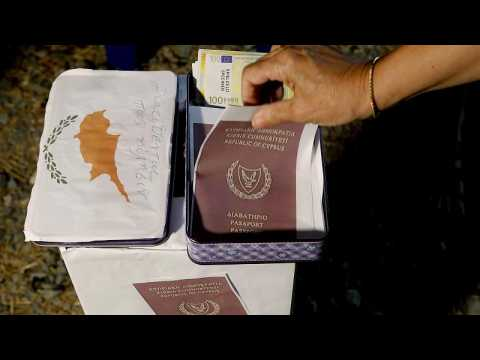 Cyprus wrongly issued passports despite warnings, probe concludes