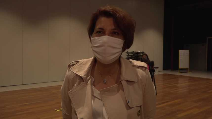Thumbnail Nathalie Sarrabezolles compte sur le report des votes écologistes