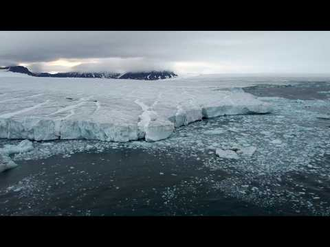 Exploring the North Pole aboard a giant Russian icebreake