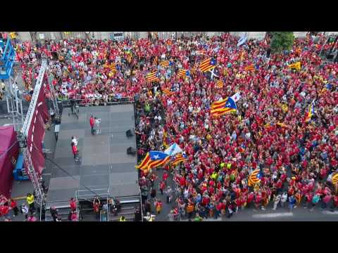 Barcelona police estimates 108,000 protesters at national day rally while ANC says 400,000