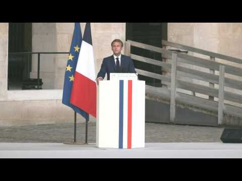 """Late French star Belmondo """"was like us"""", says Macron during tribute"""