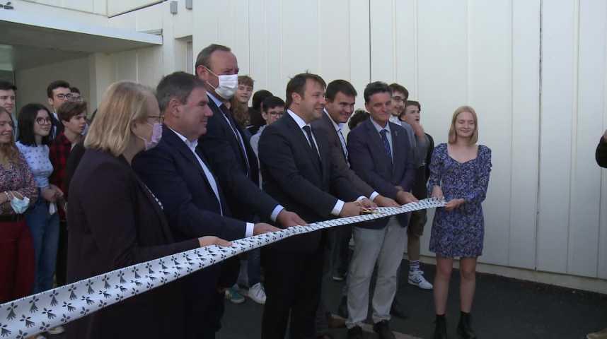 Thumbnail Inauguration du lycée Diwan de Vannes, deuxième de Bretagne