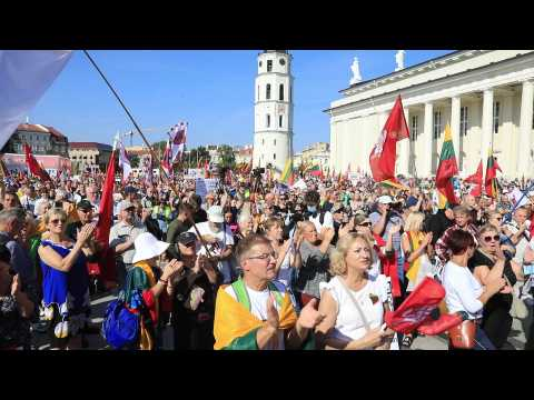 Thousands protest Covid-19 'health pass' in Lithuania