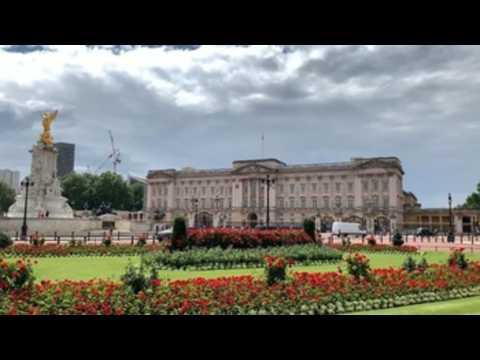 Buckingham Palace garden to open its doors to public