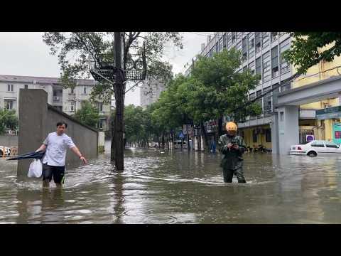 Typhoon In-Fa inundates coastal Chinese city