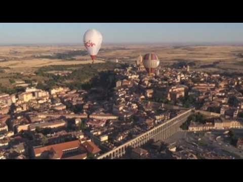 Spain kicks off 3rd edition of hot air balloon festival for people with reduced mobility