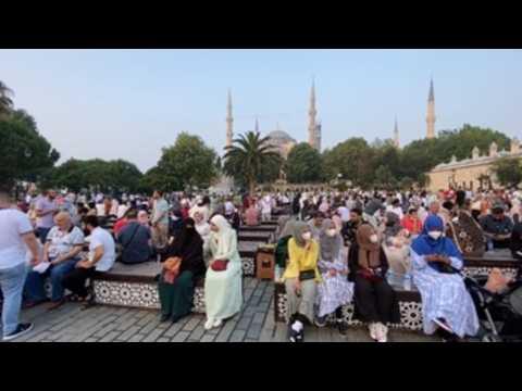Istanbul's muslim worshipers celebrate Eid al-Adha