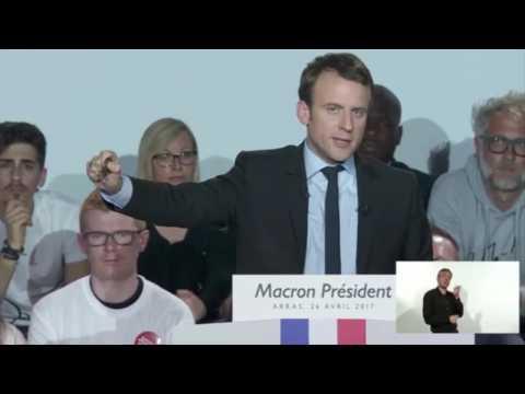 """Macron : """"Honte aux somnambules du XXIe siècle ! Pas ça ! Nous, nous sommes debout et en marche !"""""""