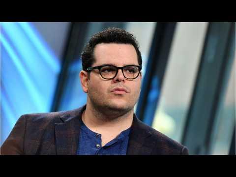 Josh Gad Hints At Penguin Role In Batman Movie